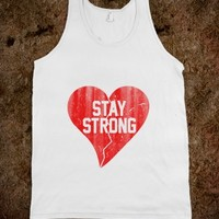STAY STRONG VINTAGE BROKEN HEART