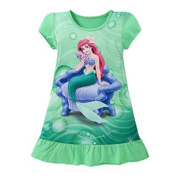 Girls Cartoon A-Line Short Sleeve Princess Dress.    Available in Snow White, Sofia and Little Mermaid.    Sizes  3T, 5, 7 and 9.    ***FREE SHIPPING***