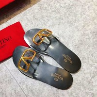 Hcxx 2375 19May Valentino Big V Button Causal Sandals Black