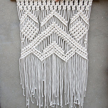 Large macrame wall hanging Large wall decor Boho bedroom decor Bohemian wedding backdrop Wedding photo props Big tapestry Housewarming gift