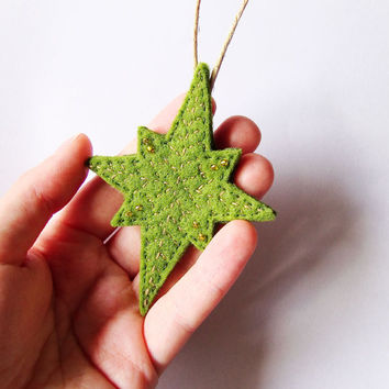 Felt Christmas ornament, green rustic Christmas star decoration, felt Christmas Tree ornament, winter home decor, felt wall hanging