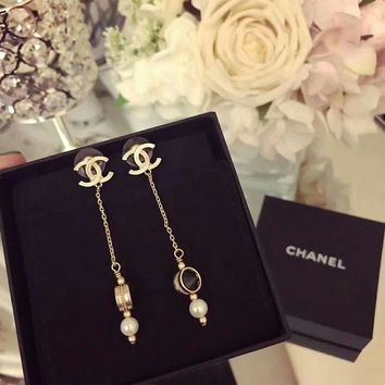 LMF3DS Chanel Stylish Ladies Logo and Black Pearl fringe Earrings dangling earrings for ear