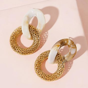 Link Shaped Earrings 1pair