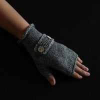 Handmade Knitted Fingerless Glove on Luulla