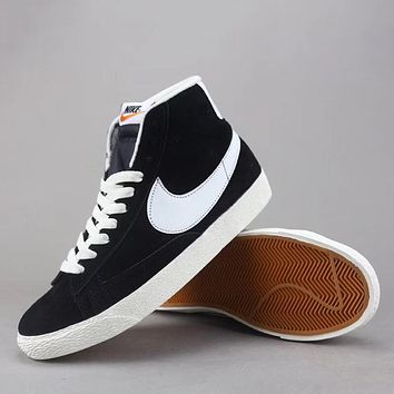 ... where to buy e0920 216b0 Trendsetter Nike Blazer Mid Suede Vntg Women  Men Fashion Casual  official b5666 382b4 Off White x Nike SB Dunk High ... 6ae430d70f