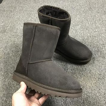 Sale Ugg 5825 Brown Classic II Tall Boot Sheepskin Boots Snow Boots