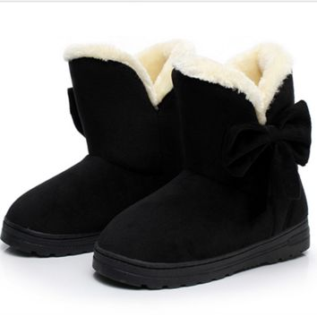 Ugg boots during the winter to keep warm boots and thicken the new bow boots Black