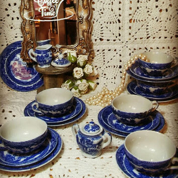 Blue Willow Pattern Porcelain Tea Set Made in Japan Tea cups and Plates 1960's