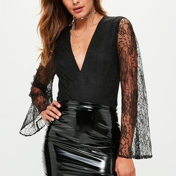 Missguided - Black Lace Plunge Flared Sleeve Bodysuit