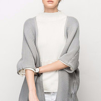 V-Back Knit Cape