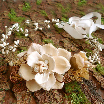 rustic bridal headpiece cream flower crown by thehoneycomb on Etsy