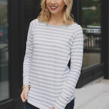 Closet Staple Top - Heather Grey