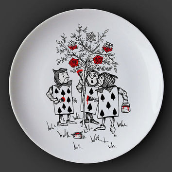 Illustrated ceramic plate, Black and White Pen and Ink Alice in Wonderland drawing - Painting the Roses Red