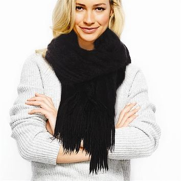 TWO'S COMPANY BLACK ULTRA SOFT SCARF W/FRINGE