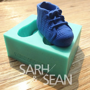 3D M0153 pair of sport shoes fondant cake molds soap chocolate mould for the kitchen baking tool clay mold = 5658096129