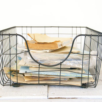 Industrial Wire Metal Basket // Office