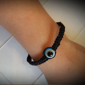 Evil Eye Black Hemp Clasped Braclet