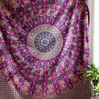 Magical Thinking Jessa Scalloped Medallion Tapestry - Urban Outfitters