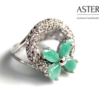 Emerald ring, Silver emerald ring, Fashion ring, Statement ring, Cocktail ring, Unique silver ring, Round ring