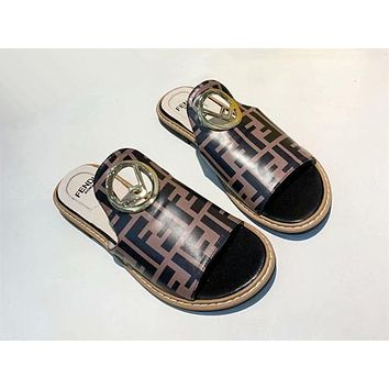 Fendi Half slippers-3