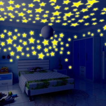 100PC Kids Bedroom Stars Wall Stickers Beautiful Fluorescent Glow In The Dark Romantic Home Wall Window Decoration Stickers