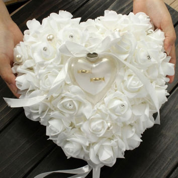 Romantic Pearl Rose Wedding Favors Heart Shaped Gift Ring Box Pillow Cushion = 1931893380