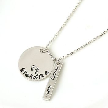 """New Fashion Alloy Jewelry """"Grandma coming soon"""" Letter Pendant Necklace Women Necklaces&Pendants Love Gifts free shipping"""