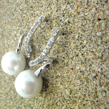 Ivory Pearl Earrings, Drop Earring, Pearl Imitation Silver Tone, Ecochic, Dangling Earrings, Bridal Wedding, Faux Pearl, Rhinestone Earring