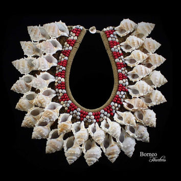 Vintage Papua Shell Neck Adornment-New Guinea White Curled Shell With Red And White Seed Collectible Home Shell Decor
