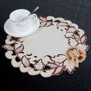 yazi Round Table Doily Embroidered Floral Cutwork Table Placemats Fabric Table Cover Mats Wedding Party Dining Decor 3 Size