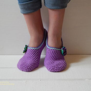 WOMAN SLIPPERS SOCKS /Crochet Slippers. Knitted slippers. Women shoes. Home shoes.