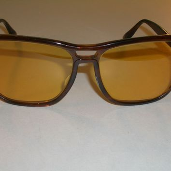 1970's VINTAGE B&L RAY BAN TORT STATESIDE AMBERMATIC TRADITIONALS SUNGLASSES