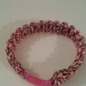 Pink camo paracord parachute cord 550/325 bracelet with survival buckle or regular buckle