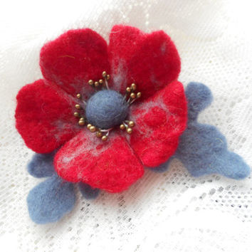 Flower brooch,Wool felt jewelry,Red Gray Felt brooch flower,felt brooch,Felt flower poppy brooch, red flower,art,wool accessories,red brooch