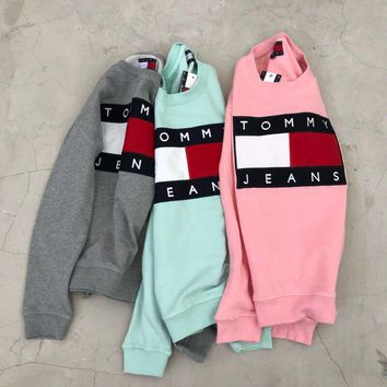 Tommy Jeans 90s Classic Logo Cute Color Sweatshirt