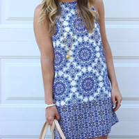 Fall Fashion Blue White Sleeveless Vintage Print Dress
