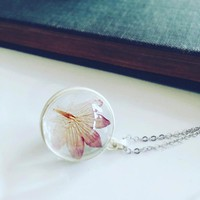 Terrarium Flower Necklace in Glass Bulb