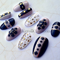 Black & Nude Studded 3D Nail art false fake nails Japanese gel nails with gold and clear nail