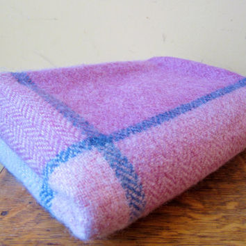 Vintage Throw Lap Blanket AVOCA HANDWEAVERS Wool PURPLE 1980s