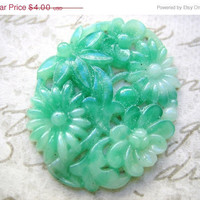 STOREWIDE SALE vintage cabochon  LaRgE Japanese 1940s jade jadeite green glass carved stone cameo (1)