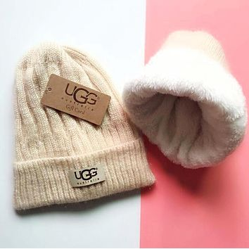 UGG Winter Popular Women Men Thick Knit Hat Warm Cap Apricot