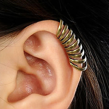 Men's Vintage Annulus Ear Cuff