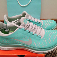 NIKE FREE RUN 3.0 V4 TROPICAL TWIST TIFF BLUE GREEN SIZE 7