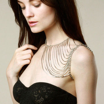 ONE-SHOULDER BODY CHAIN by thrifted - Chictopia
