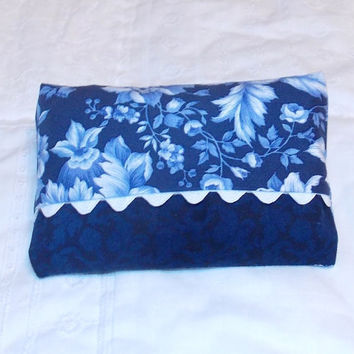 Blue Floral Tissue Holder