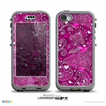 The Vivid Pink and White Paisley Birds Skin for the iPhone 5c nüüd LifeProof Case