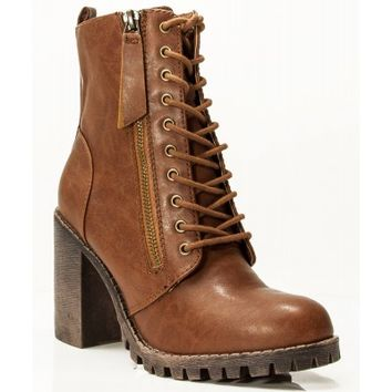 New Soda Malia Vegan Round Toe Stacked Lug Heel Lace Up Ankle Booties TAN