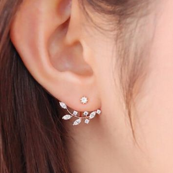 Daisy flowers after hanging earrings, full of drilling pearl snowflakes horse eyes tree diamonds ear clip female
