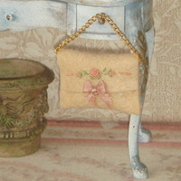 Dollhouse embroidered purse. 1:12 Miniature ladies complementes for Dollhouses.