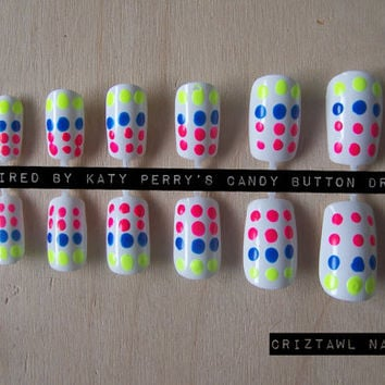 Inspired by Katy Perry Candy Button Dress Nail by CriztawlNailz
